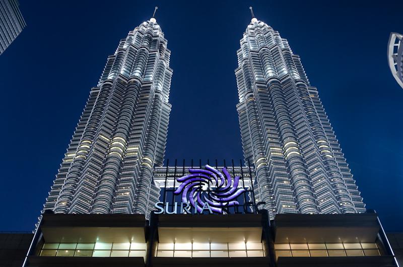 Petronas Twin Towers - Blaue Stunde